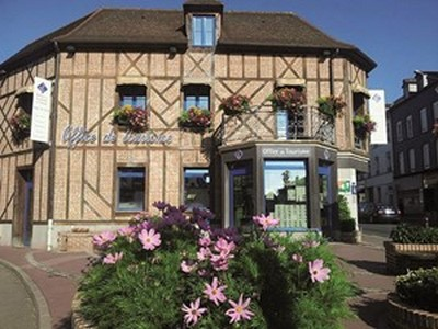 Shop of the tourist office of Forges-les-Eaux